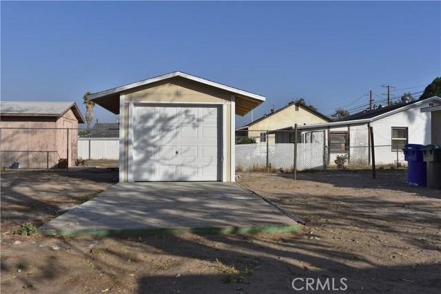 25808 9th Street, San Bernardino CA: http://media.crmls.org/medias/57a790a1-52a8-4fb9-adaa-55f471f3a147.jpg