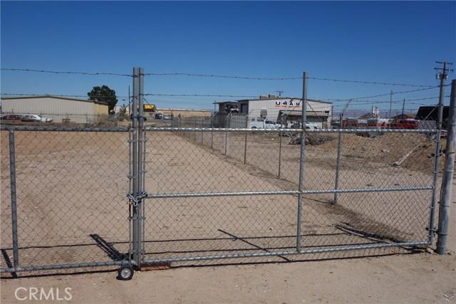 16694 Juniper Street, Hesperia CA: http://media.crmls.org/medias/57c98fd7-83bd-4d14-8c5c-a021b12f45d8.jpg