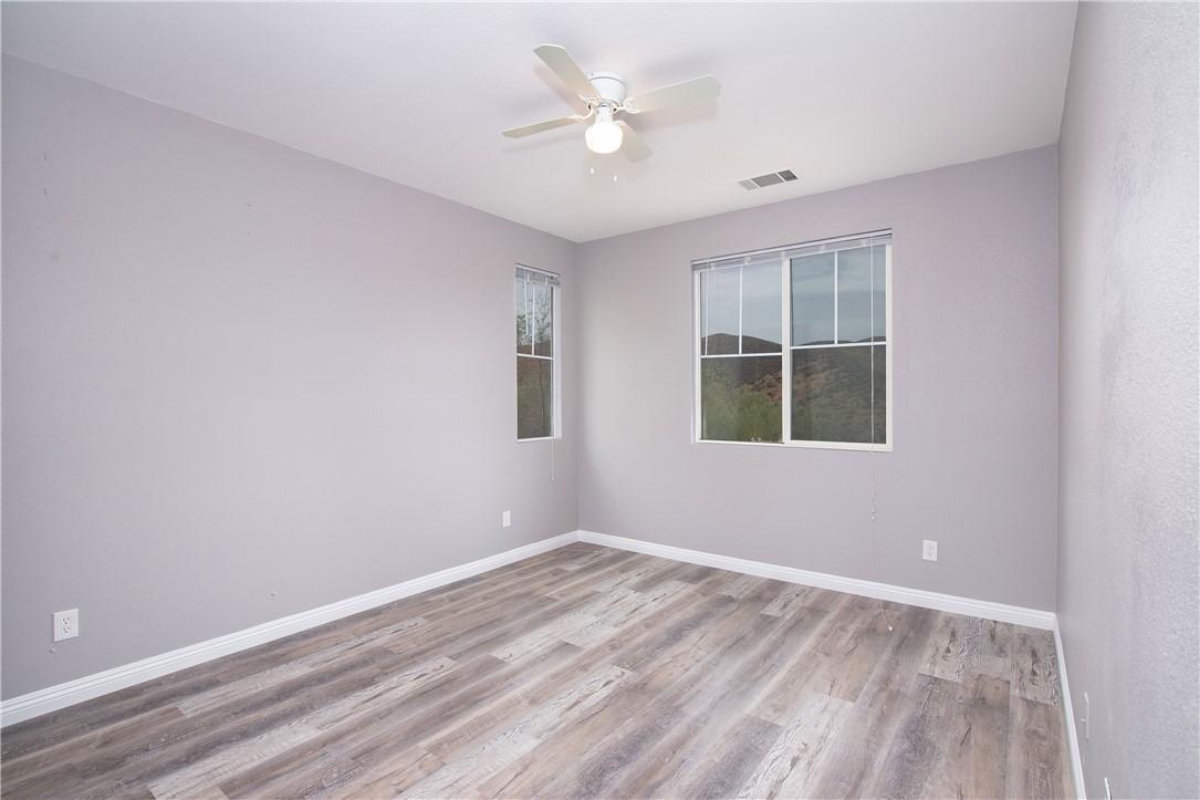 41047 Sunsprite Street, Lake Elsinore CA: http://media.crmls.org/medias/57d39fdd-b271-4482-b0a9-fbb2838317a7.jpg