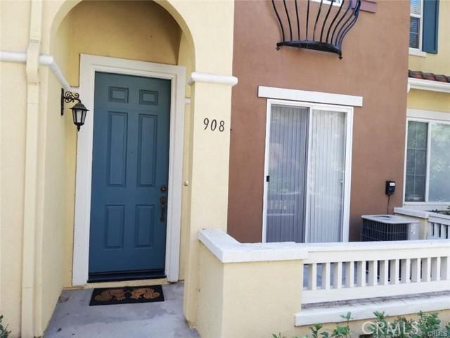 908 Timberwood, Irvine CA: http://media.crmls.org/medias/57d476dd-f1b7-41db-a28a-a17a06223e30.jpg