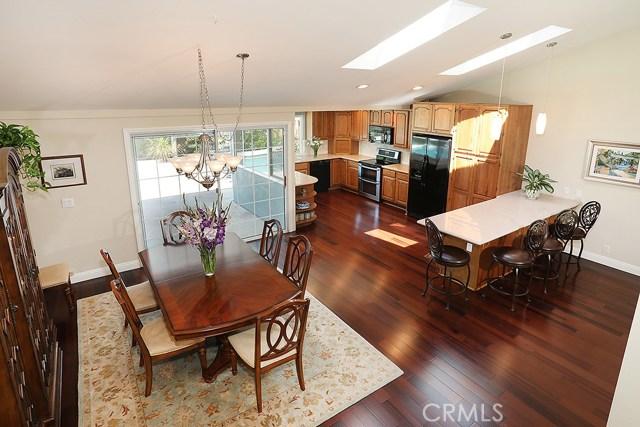 Single Family Home for Sale at 3906 Birch Street S Santa Ana, California 92707 United States