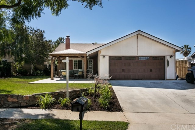 2116 Santa Barbara Street, Corona, CA, 92882