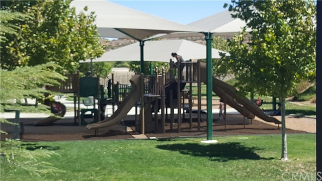 2900 Crocus Place, Palmdale CA: http://media.crmls.org/medias/57e6db93-d1fb-4e45-8f30-c0b780992a41.jpg