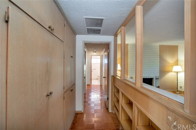 5850 Finecrest Drive, Rancho Palos Verdes CA: http://media.crmls.org/medias/57e7543e-ac4e-4f05-8480-3f68fc4c863b.jpg