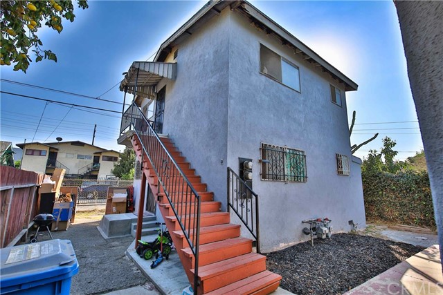 Photo of 842 W 43rd Place, Los Angeles, CA 90037