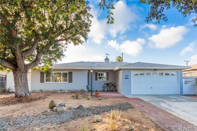 Single Family Home for Sale at 2102 South Greenville St 2102 Greenville Santa Ana, California 92704 United States