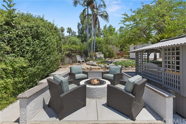 7380 Whitegate Avenue, Riverside CA: http://media.crmls.org/medias/57eb7546-e58c-4eb0-b7ca-f3e48de39746.jpg