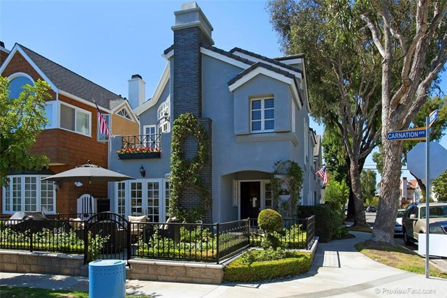 Townhouse for Rent at 441 Carnation St Corona Del Mar, California 92625 United States