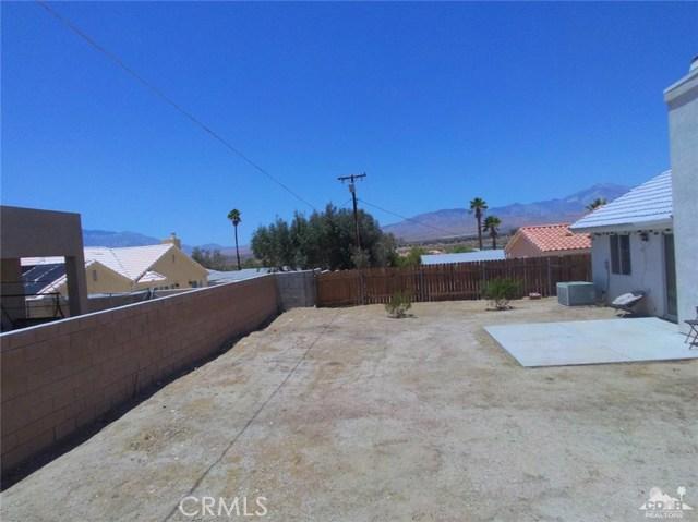 66029 Avenida Barona, Desert Hot Springs CA: http://media.crmls.org/medias/57f0b518-8b30-470f-92fb-113dc636c791.jpg