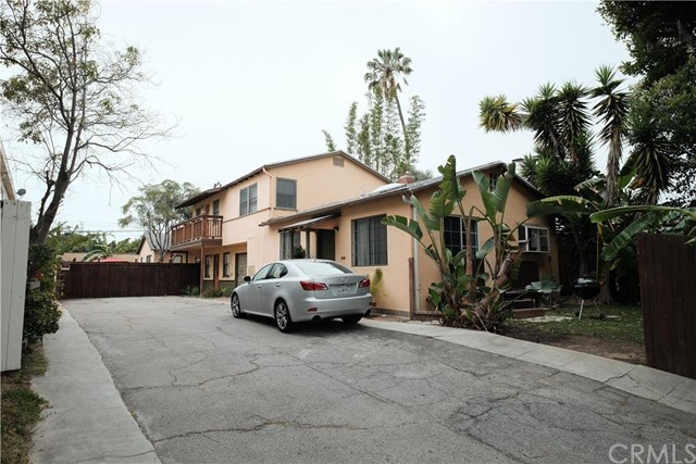 Single Family for Sale at 1824 10th St Santa Monica, California 90404 United States