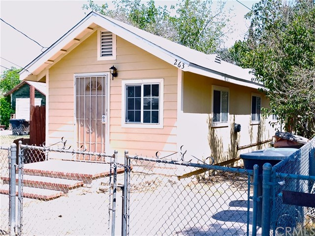 263 Stephen St Colton, CA 92324 - MLS #: DW18185526