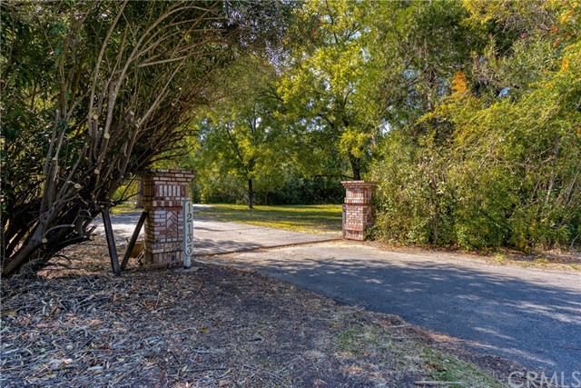 Detail Gallery Image 1 of 1 For 12133 Hwy 99e, Red Bluff,  CA 96080 - 3 Beds | 2 Baths