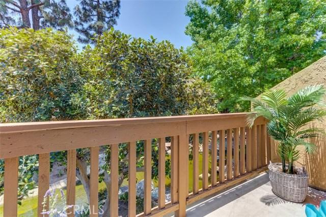 147 Lemon Grove, Irvine CA: http://media.crmls.org/medias/58309d3e-1e38-467b-a1a8-0e2d06f600a5.jpg