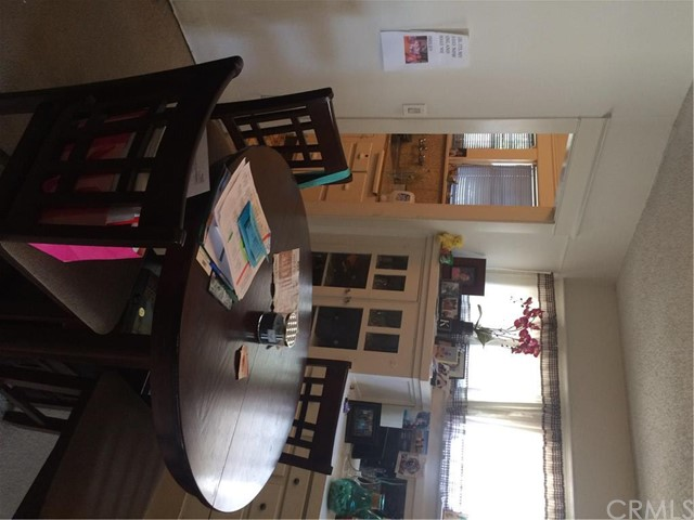 Additional photo for property listing at 525 Commonwealth Avenue W  Fullerton, California 92832 United States