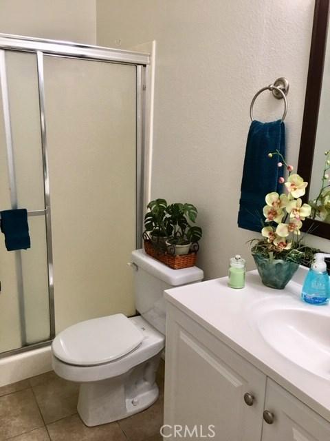 15230 Ocaso Avenue, Los Angeles, California 90638, 2 Bedrooms Bedrooms, ,2 BathroomsBathrooms,Condominium,For sale,Ocaso,OC20248757