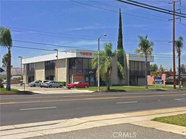 Single Family for Sale at 1323 Colton Avenue W Redlands, California 92374 United States