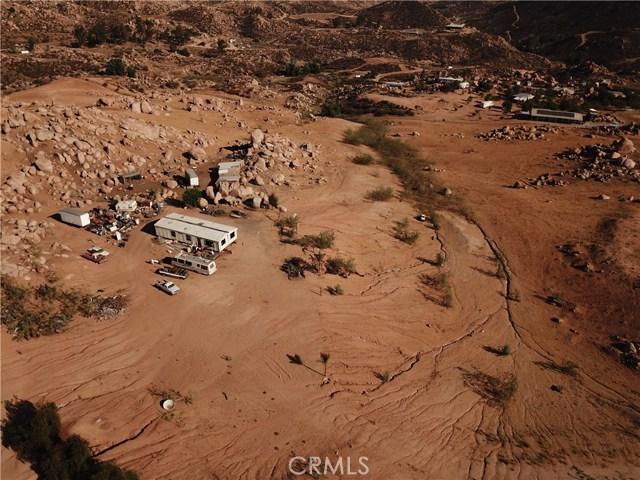 25050 El Toro Road, Perris CA: http://media.crmls.org/medias/583bb549-742f-4fc6-8efc-6d5c89463cb2.jpg