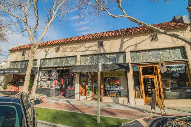 Retail for Sale at 110 Harvard Avenue Claremont, California 91711 United States
