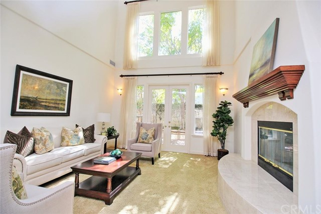Single Family Home for Sale at 5 Hubbard Way St Coto De Caza, California 99267 United States