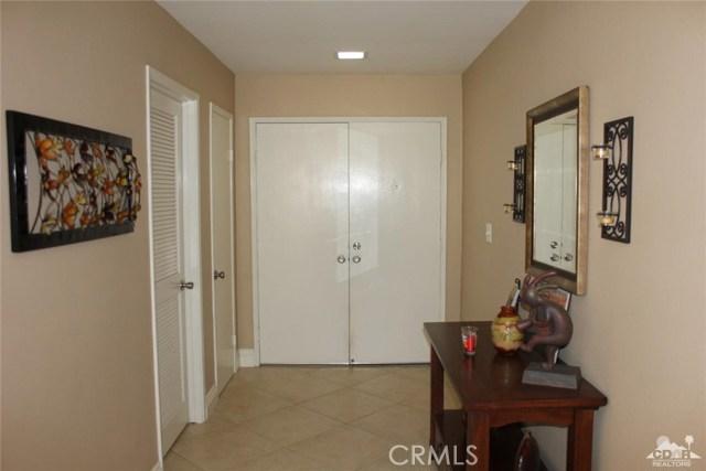 68 El Toro Drive, Rancho Mirage CA: http://media.crmls.org/medias/58510757-0866-4524-9f32-72fc7bcee195.jpg