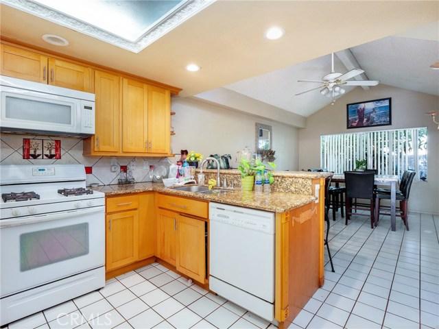7621 Sullivan Place, Buena Park CA: http://media.crmls.org/medias/5854fb27-c67b-4b82-8cad-533ae883792c.jpg