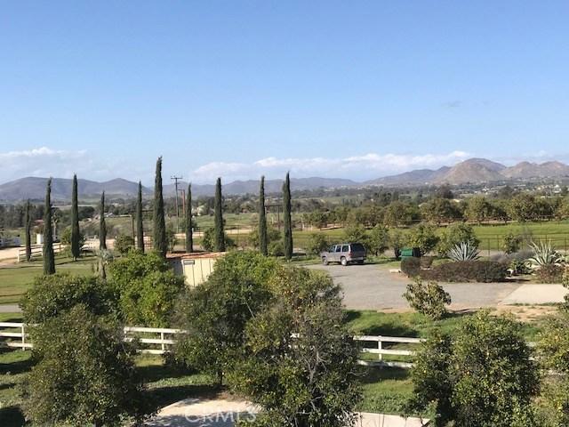41480 Valencia Way Temecula, CA 92592 - MLS #: PW18067560