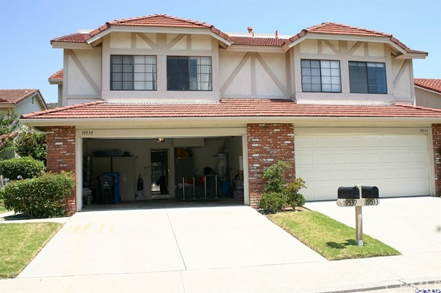 19539 Crystal Ridge Lane , CA 91326 is listed for sale as MLS Listing 318000519