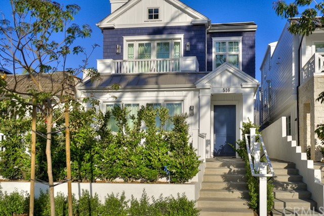 516 Avocado  Corona del Mar, CA 92625