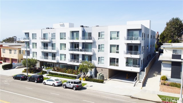 7857 W Manchester Ave 204, Playa del Rey, CA 90293