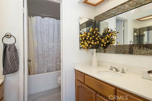 59 Wisteria Place, Aliso Viejo CA: http://media.crmls.org/medias/5860649b-2617-46d3-ae2b-c631ed032786.jpg