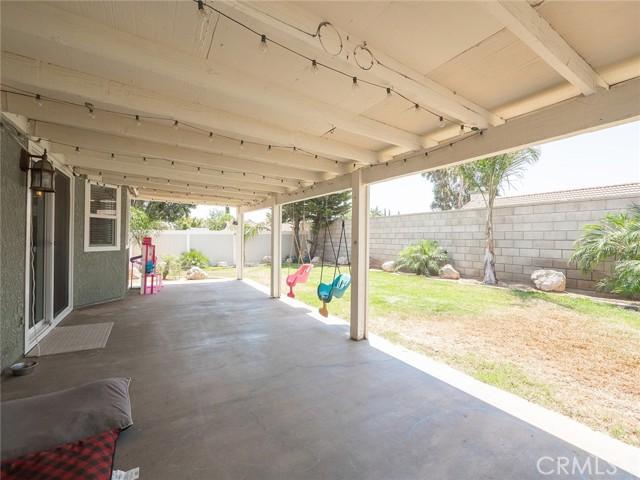 1145 Wildflower Street, Rialto CA: http://media.crmls.org/medias/58608eb4-f1fd-4c29-b90c-289eec1c3813.jpg
