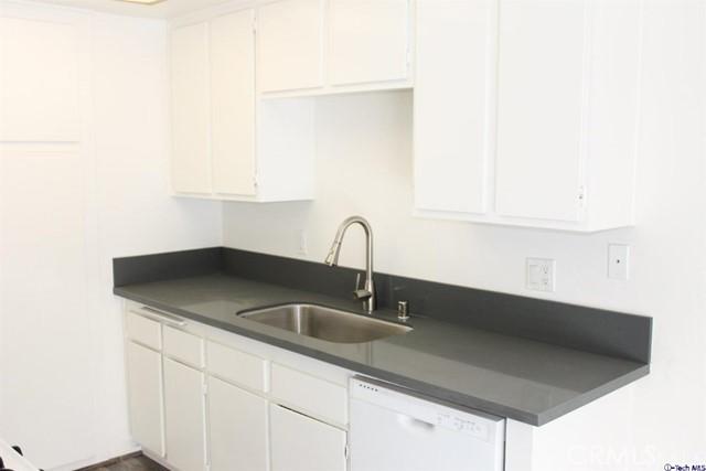 1457 Forest Glen Drive Unit 168 Hacienda Heights, CA 91745 - MLS #: 318003454