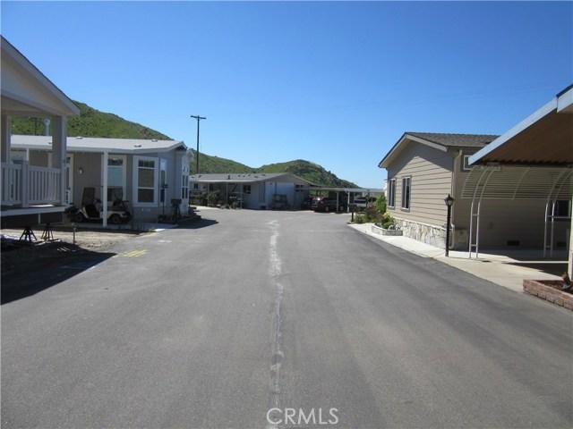 4650 Dulin Road, Fallbrook CA: http://media.crmls.org/medias/5865d83f-e6c5-41dc-a484-f77d7ff8eeea.jpg