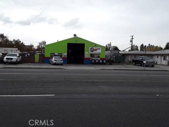 27381 5th Street, Highland CA: http://media.crmls.org/medias/5865e78d-17ba-44dc-9290-82a20f297c51.jpg