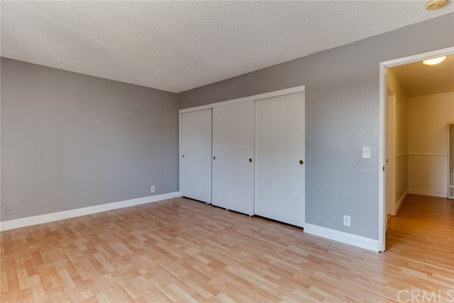 4515 California Avenue, Long Beach CA: http://media.crmls.org/medias/58737e55-f3ed-4e62-b825-b67bfd26df8b.jpg