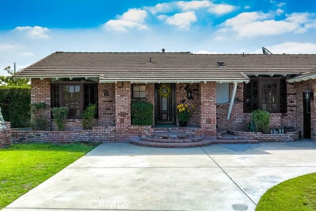 902 S Westchester Drive, Anaheim CA: http://media.crmls.org/medias/5878a9f3-e257-4b1d-acb1-a55fedcfe6fd.jpg