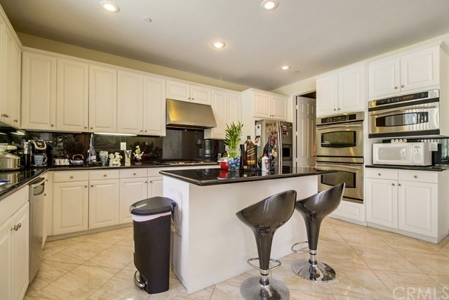 Additional photo for property listing at 209 Oldenburg Lane  Norco, California 92860 United States