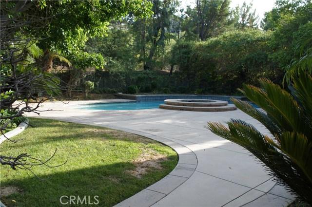 743 S Thrasher Way, Anaheim Hills CA: http://media.crmls.org/medias/58810490-32e9-4b95-91e9-aa6dd0ceb481.jpg