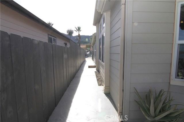 15980 Grand Avenue, Lake Elsinore CA: http://media.crmls.org/medias/589cf94b-834d-41da-9e11-c6e3a2b423ac.jpg