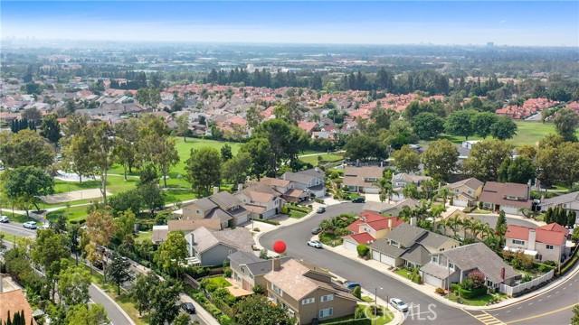 25 Bull Run, Irvine CA: http://media.crmls.org/medias/58a4912d-ecd1-41fe-a961-e8c81fed6346.jpg
