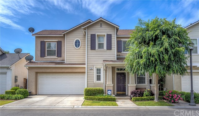 Detail Gallery Image 1 of 1 For 26 W Bohemia Ln, Clovis,  CA 93619 - 3 Beds | 2/1 Baths