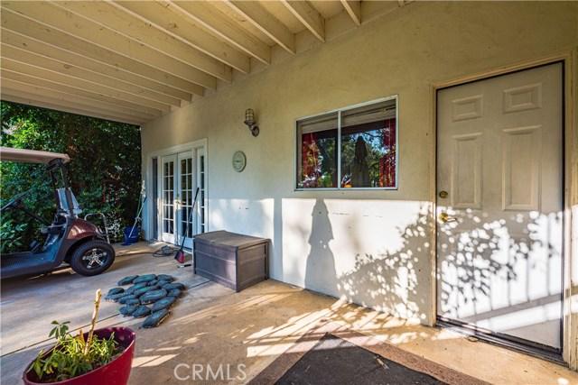 31210 Emperor Drive, Canyon Lake CA: http://media.crmls.org/medias/58abf4e8-7a81-42e8-873b-e6d8a3a1c89e.jpg