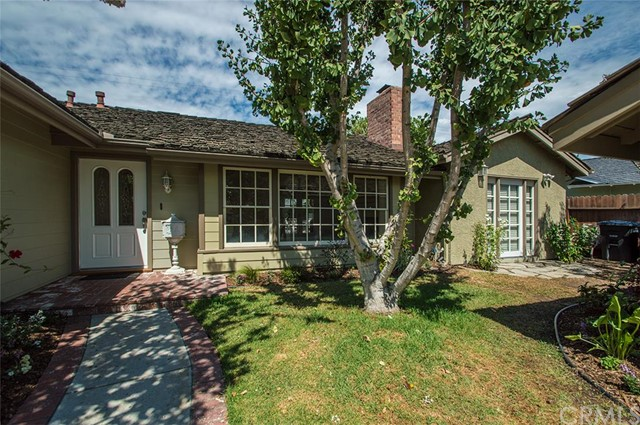 Single Family Home for Sale at 2921 St Albans St Rossmoor, California 90720 United States