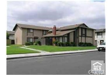 Townhouse for Rent at 10501 Torrington St Westminster, California 92683 United States