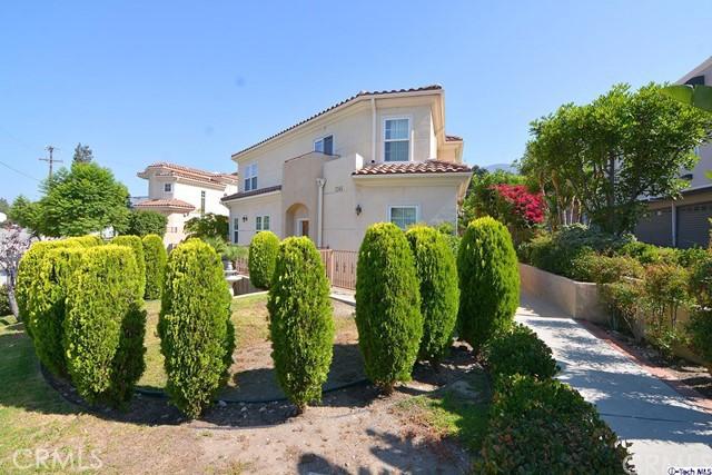 Condominium for Sale at 2743 Montrose Avenue Montrose, California 91020 United States