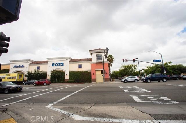 واحد منزل الأسرة للـ Sale في 5825 Florence Avenue 5825 Florence Avenue Bell Gardens, California 90201 United States