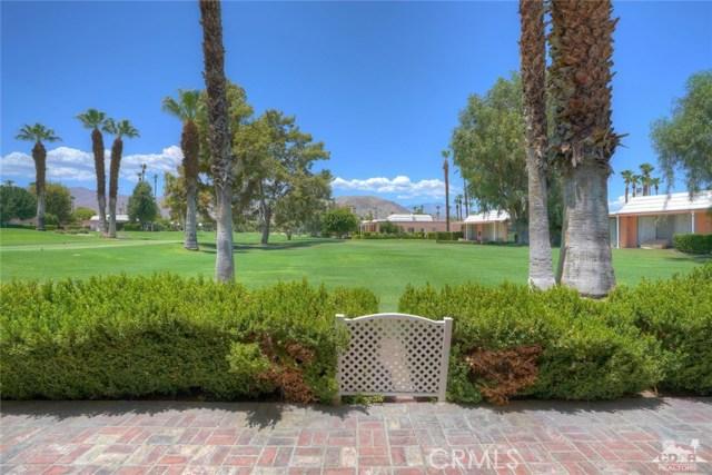47043 Arcadia Lane, Palm Desert CA: http://media.crmls.org/medias/58df98e5-b54b-41a5-af98-425d361eb2a8.jpg