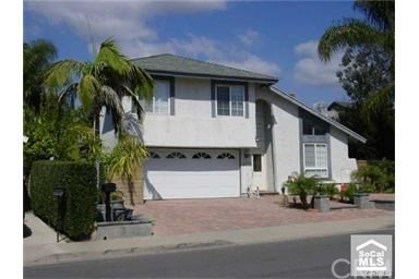 221 ,223 Grandview Street Laguna Beach, CA 92651 is listed for sale as MLS Listing LG16723044