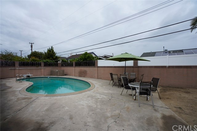 2247 E Oshkosh Av, Anaheim, CA 92806 Photo 4