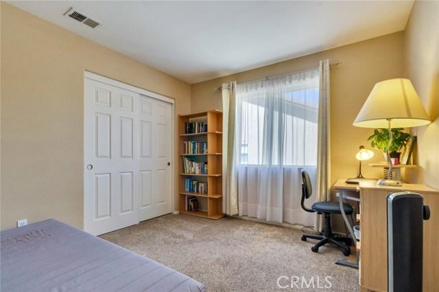 835 Crestmont Circle, Corona CA: http://media.crmls.org/medias/590ba9df-a746-4fea-a01c-13b662a88476.jpg